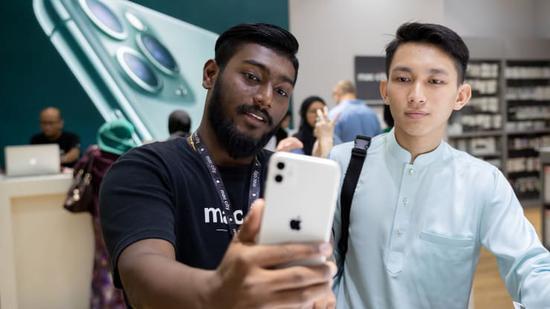 摩根大通:苹果从2021年起每半年发布一次新品iPhone