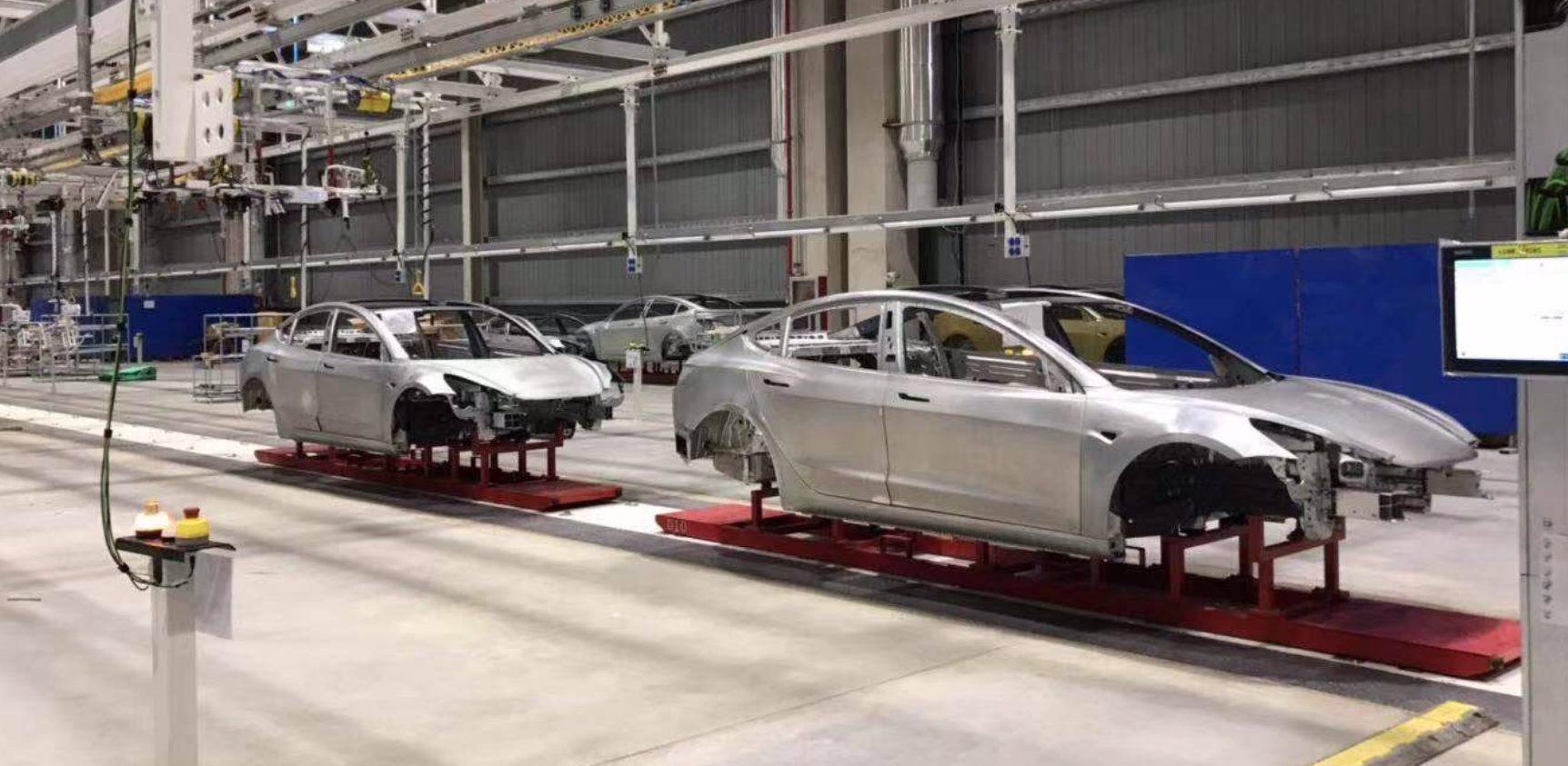 特斯拉上海工厂内部图曝光:Model 3车身已下线